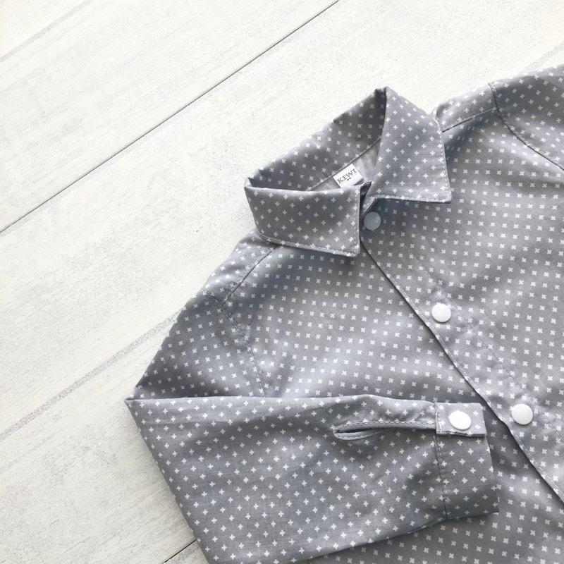 Pelēks kokvilnas krekls
