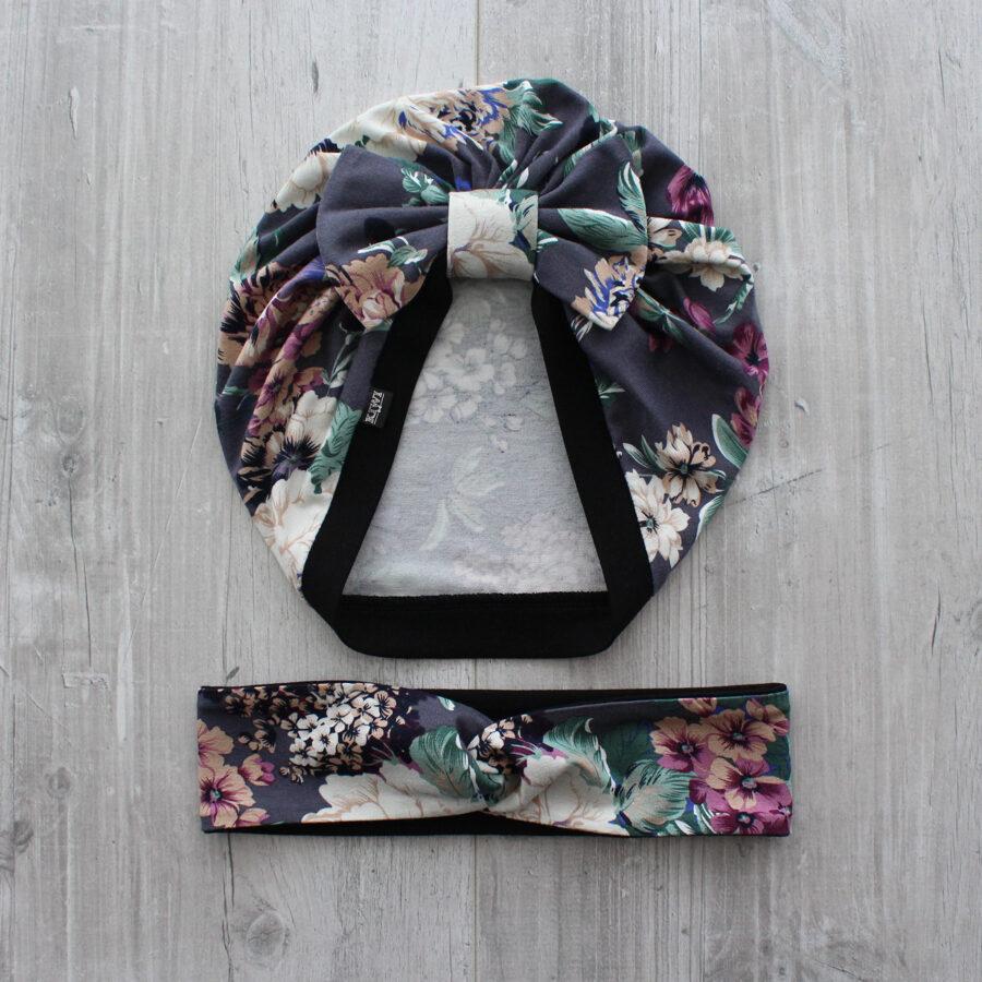 Turbāncepure ar tumšo ziedu rakstu