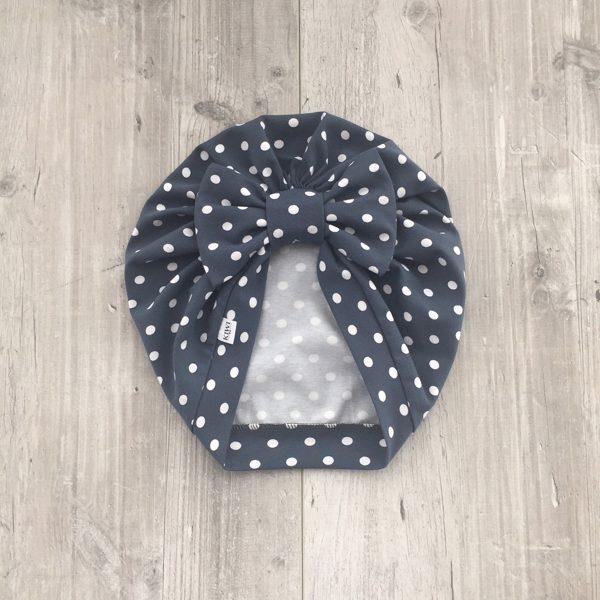 Zilganpelēka turbāncepure ar punktiņiem